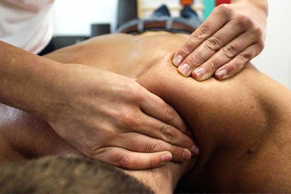 Entspannende Massage nach dem Sport