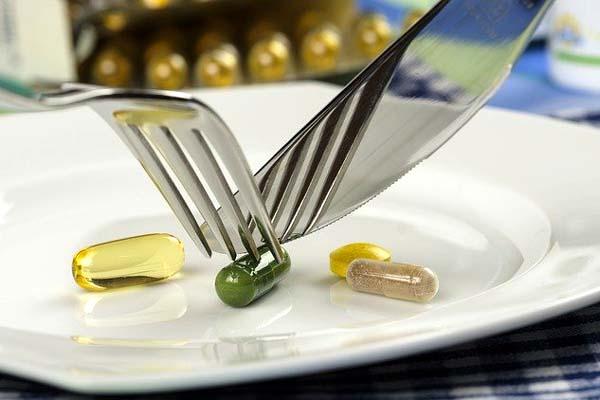 Nahrungsergänzungsmittel & anabole Stereoide