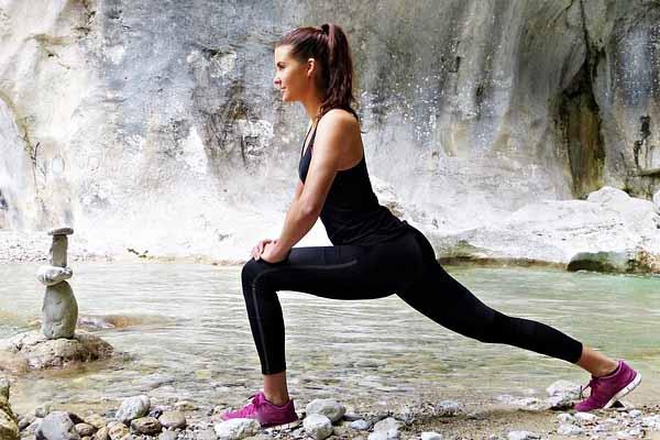 Stretching als Dehnübung vor dem Laufen